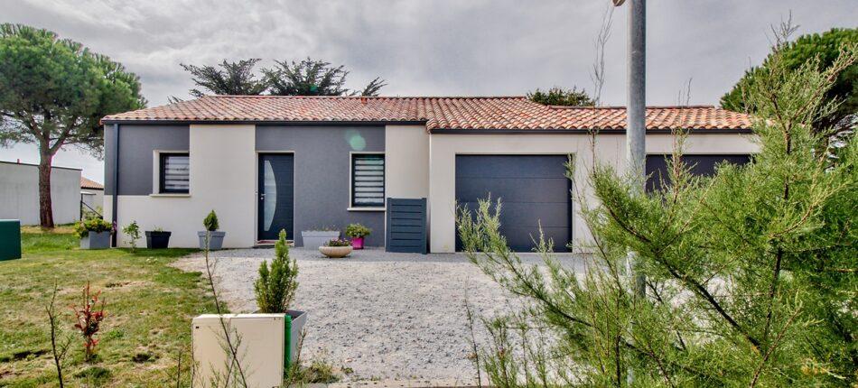 Maison contemporaine plain-pied de 114 m² à Saint Gilles Croix de Vie (85)  - maison plain pied